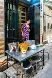 Życie w backstreet, Saigon, południe Wietnam obraz stock