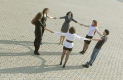 Życzliwa grupa ucznie bierze each s ` inne ręki Fotografia Royalty Free