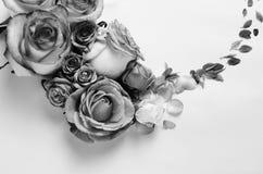 Żywa róża kwiatów rama Piękny kwiecisty tła… tło z kolorowymi kwiatami Monochrom filtrował szablon skakać wakacje z kreatywnie Zdjęcie Stock