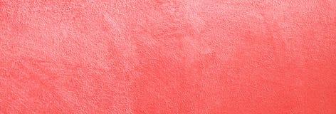 Żywy koralowy matte malująca kolor ściana Kolor rok 2019 Grunge tekstury t?o obrazy stock