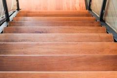 ? de madera del ¹ del downà del paso de la escalera Fotografía de archivo