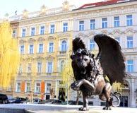 Άγαλμα - ένα λιοντάρι με τα φτερά στοκ φωτογραφία με δικαίωμα ελεύθερης χρήσης