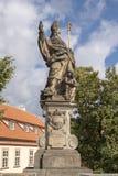 Άγαλμα Αγίου Augustine, γέφυρα του Charles, Πράγα, Δημοκρατία της Τσεχίας στοκ φωτογραφίες