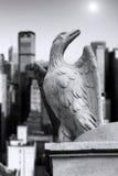 άγαλμα ακρών αετών Στοκ Εικόνες