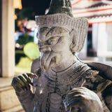 Άγαλμα, γλυπτό στο ναό Wat Arun bangkok thailand στοκ φωτογραφία