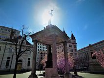 Άγαλμα δίπλα στη National Bank της Ουάσιγκτον Στοκ φωτογραφία με δικαίωμα ελεύθερης χρήσης