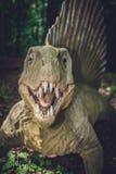Άγαλμα δεινοσαύρων Spinosaurus Στοκ φωτογραφία με δικαίωμα ελεύθερης χρήσης