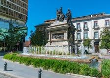 Άγαλμα και πηγή Plaza de Carmen Στοκ φωτογραφία με δικαίωμα ελεύθερης χρήσης