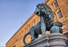 άγαλμα λιονταριών βασιλ&iota Στοκ φωτογραφία με δικαίωμα ελεύθερης χρήσης