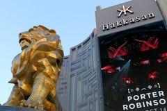 Άγαλμα λιονταριών στο μεγάλο ξενοδοχείο χαρτοπαικτικών λεσχών του Λας Βέγκας MGM στο Las Vegas Strip Στοκ Εικόνες