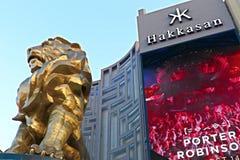 Άγαλμα λιονταριών στο μεγάλο ξενοδοχείο χαρτοπαικτικών λεσχών του Λας Βέγκας MGM στο Las Vegas Strip Στοκ Εικόνα
