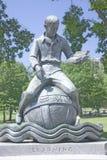 Άγαλμα στην εκμάθηση Στοκ εικόνα με δικαίωμα ελεύθερης χρήσης