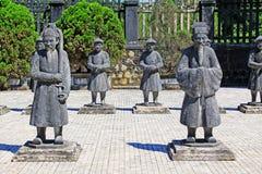 Άγαλμα στον αυτοκρατορικό τάφο Khai Dinh, περιοχή παγκόσμιων κληρονομιών της ΟΥΝΕΣΚΟ του Βιετνάμ χρώματος Στοκ εικόνες με δικαίωμα ελεύθερης χρήσης