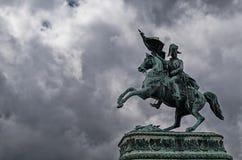 Άγαλμα της Βιέννης στα σύννεφα Στοκ φωτογραφία με δικαίωμα ελεύθερης χρήσης
