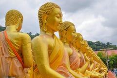 Άγαλμα του Βούδα, ιστορία της ημέρας Magha Puja στο βουδιστικό αναμνηστικό πάρκο Makha Bucha στοκ φωτογραφία με δικαίωμα ελεύθερης χρήσης