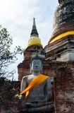 Άγαλμα του Βούδα και των αρχαίων καταστροφών Στοκ εικόνες με δικαίωμα ελεύθερης χρήσης
