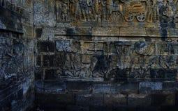 Άγαλμα του Βούδα και stupa Borobudur στοκ φωτογραφίες