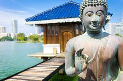 Άγαλμα του Βούδα σε Gangarama βουδιστικό στοκ φωτογραφία με δικαίωμα ελεύθερης χρήσης