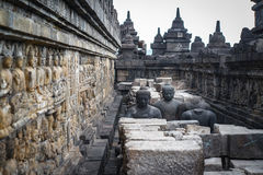 Άγαλμα του Βούδα στο ναό Borobudur, Borobudur, αρχαίος βουδιστικός ναός κοντά σε Yogyakarta, Ιάβα, Ινδονησία στοκ φωτογραφία με δικαίωμα ελεύθερης χρήσης