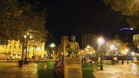 Άγαλμα του διάσημου συγγραφέα Balendin Enbeita Goiria στο πάρκο Μπιλμπάο, Ισπανία ποταμών φιλμ μικρού μήκους