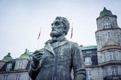 Άγαλμα του ιστορικού νορβηγικού πολιτικού Johan Sverdrup στοκ εικόνες με δικαίωμα ελεύθερης χρήσης