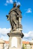 Άγαλμα του Anthony της Πάδοβας στη γέφυρα του Charles στην Πράγα Στοκ Εικόνα