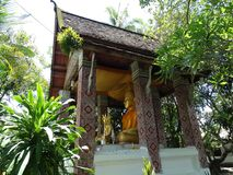 Άγαλμα Buddga στο βουδιστικό μοναστήρι σε Luang Prabang, Λάος Στοκ φωτογραφίες με δικαίωμα ελεύθερης χρήσης