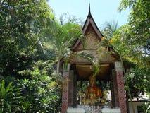 Άγαλμα Buddga στο βουδιστικό μοναστήρι σε Luang Prabang, Λάος Στοκ Εικόνες