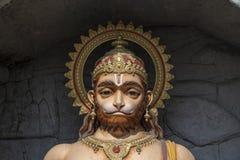 Άγαλμα Hanuman, ινδό είδωλο κοντά στον ποταμό του Γάγκη, Rishikesh, Ινδία Ιερές θέσεις για τους προσκυνητές στοκ εικόνες