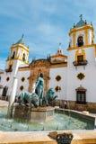 Άγαλμα Hercules με δύο λιοντάρια, Plaza del Socorro, Ronda, Ισπανία Στοκ Φωτογραφία