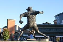 Άγαλμα Niekro Phil στον τομέα του Turner, Ατλάντα, GA στοκ εικόνες