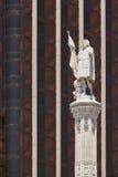 Άγαλμα άνω και κάτω τελειών στη Μαδρίτη κεντρικός Ισπανική κληρονομιά Αστικός Landma Στοκ φωτογραφίες με δικαίωμα ελεύθερης χρήσης
