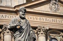 Άγαλμα Αγίου Peter στην πλατεία SAN Pietro, Βατικανό Στοκ Εικόνες