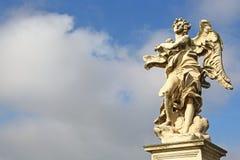 Άγαλμα αγγέλου από Ponte Sant'Angelo στη Ρώμη Στοκ Εικόνες