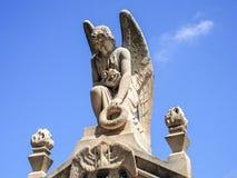 Άγαλμα αγγέλου στο νεκροταφείο της Νίκαιας Στοκ εικόνα με δικαίωμα ελεύθερης χρήσης