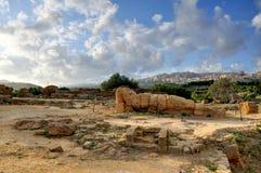 Άγαλμα αρχαίου Έλληνα πεσμένος στη Σικελία στοκ φωτογραφία με δικαίωμα ελεύθερης χρήσης