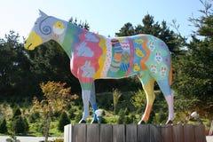 Άγαλμα αλόγων, που χρωματίζεται με το θέμα Πάσχας Στοκ Εικόνες