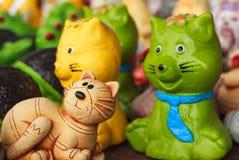 Άγαλμα γατών για την εγχώρια διακόσμηση Στοκ εικόνα με δικαίωμα ελεύθερης χρήσης