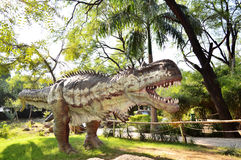 Άγαλμα δεινοσαύρων στο πάρκο Indroda, Gandhinagar Στοκ φωτογραφία με δικαίωμα ελεύθερης χρήσης