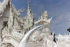 Άγαλμα ενός φύλακα στον άσπρο ναό, Ταϊλάνδη Στοκ Φωτογραφίες