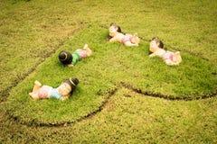 άγαλμα κήπων παιδιών Στοκ Φωτογραφία
