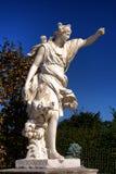 Άγαλμα κυνηγιού Diana στους κήπους παλατιών των Βερσαλλιών Στοκ Φωτογραφία