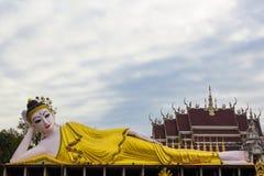 άγαλμα ξαπλώματος του Βούδα Στοκ εικόνες με δικαίωμα ελεύθερης χρήσης