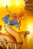 Άγαλμα δράκων, ατμόσφαιρα στο chiangmai Thaton ναών Στοκ εικόνα με δικαίωμα ελεύθερης χρήσης