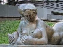 Άγαλμα στις μητέρες Στοκ φωτογραφία με δικαίωμα ελεύθερης χρήσης