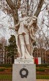 Άγαλμα της αρίθμησης Fernan Gonzalez (circa 1753).  Μαδρίτη, Ισπανία Στοκ Φωτογραφίες