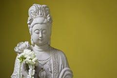 Άγαλμα της εικόνας Kuan Yin της κινεζικής τέχνης του Βούδα Στοκ Φωτογραφίες