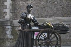 Άγαλμα της Molly Malone, οδός Grafton, πόλη του Δουβλίνου Στοκ Εικόνες