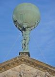 Άγαλμα του άτλαντα Στοκ Εικόνες