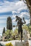 Άγαλμα του αγοριού με τα σταφύλια - παλάτι Achilleion, νησί της Κέρκυρας Στοκ εικόνα με δικαίωμα ελεύθερης χρήσης